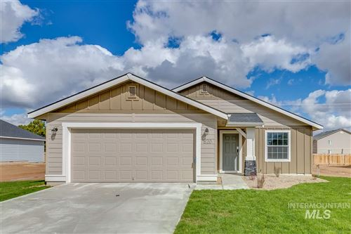 Photo of 820 SW Lago Dr., Mountain Home, ID 83647 (MLS # 98762068)