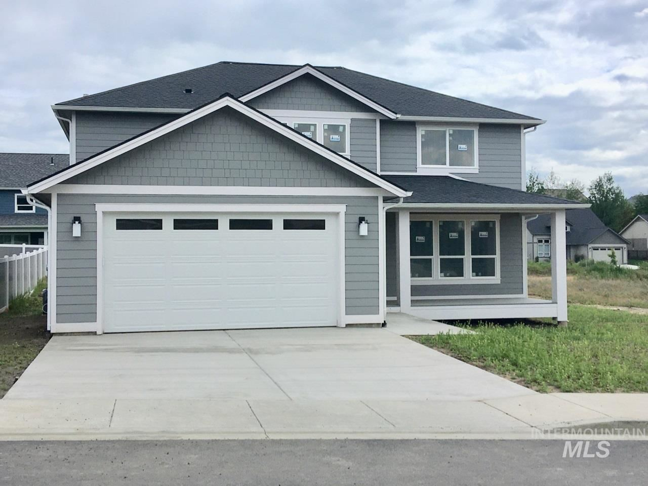 Photo of 2303 E Third Street, Moscow, ID 83843 (MLS # 98761078)