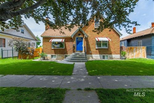 Photo of 411 13th Ave S, Nampa, ID 83651 (MLS # 98769100)