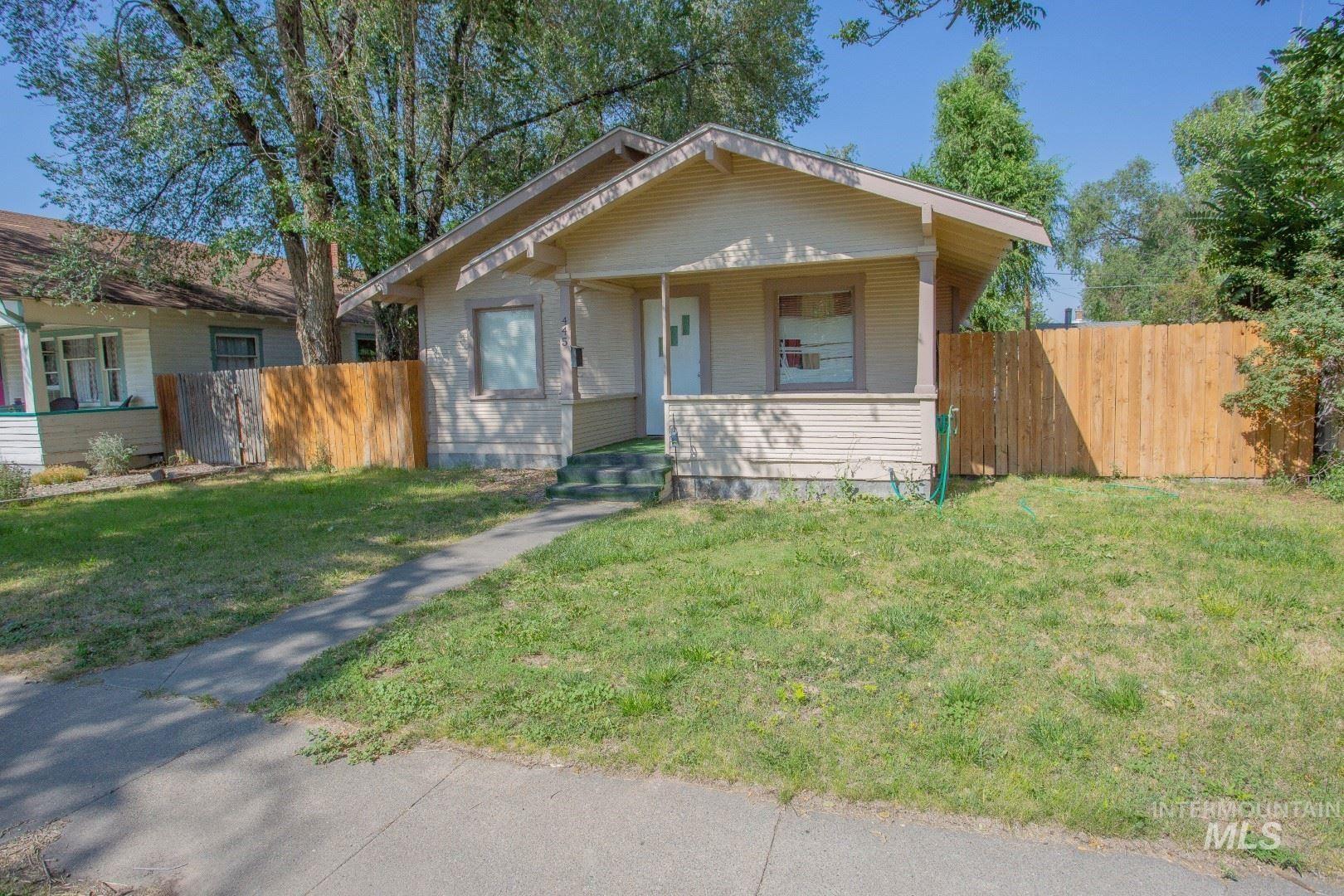 Photo of 445 E 5th Ave, Twin Falls, ID 83301 (MLS # 98776102)