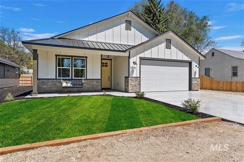 Photo of 5016 W Alamosa, Boise, ID 83703 (MLS # 98803103)