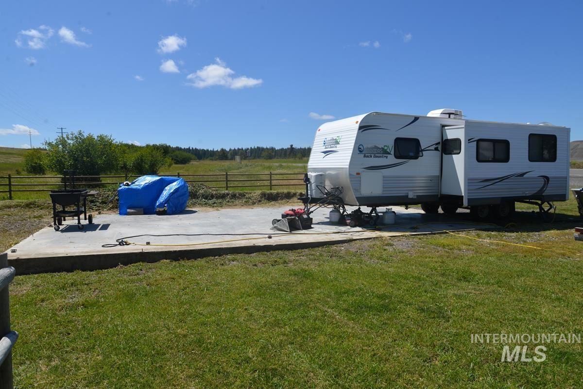 Photo of 40415 State Highway 129, Anatone, WA 99401 (MLS # 98814112)