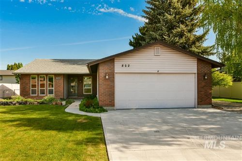 Photo of 822 Cairn Drive, Nampa, ID 83651 (MLS # 98803116)