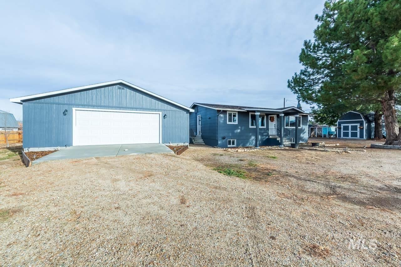 Photo of 9732 W Kuna Rd, Kuna, ID 83634-2604 (MLS # 98787116)