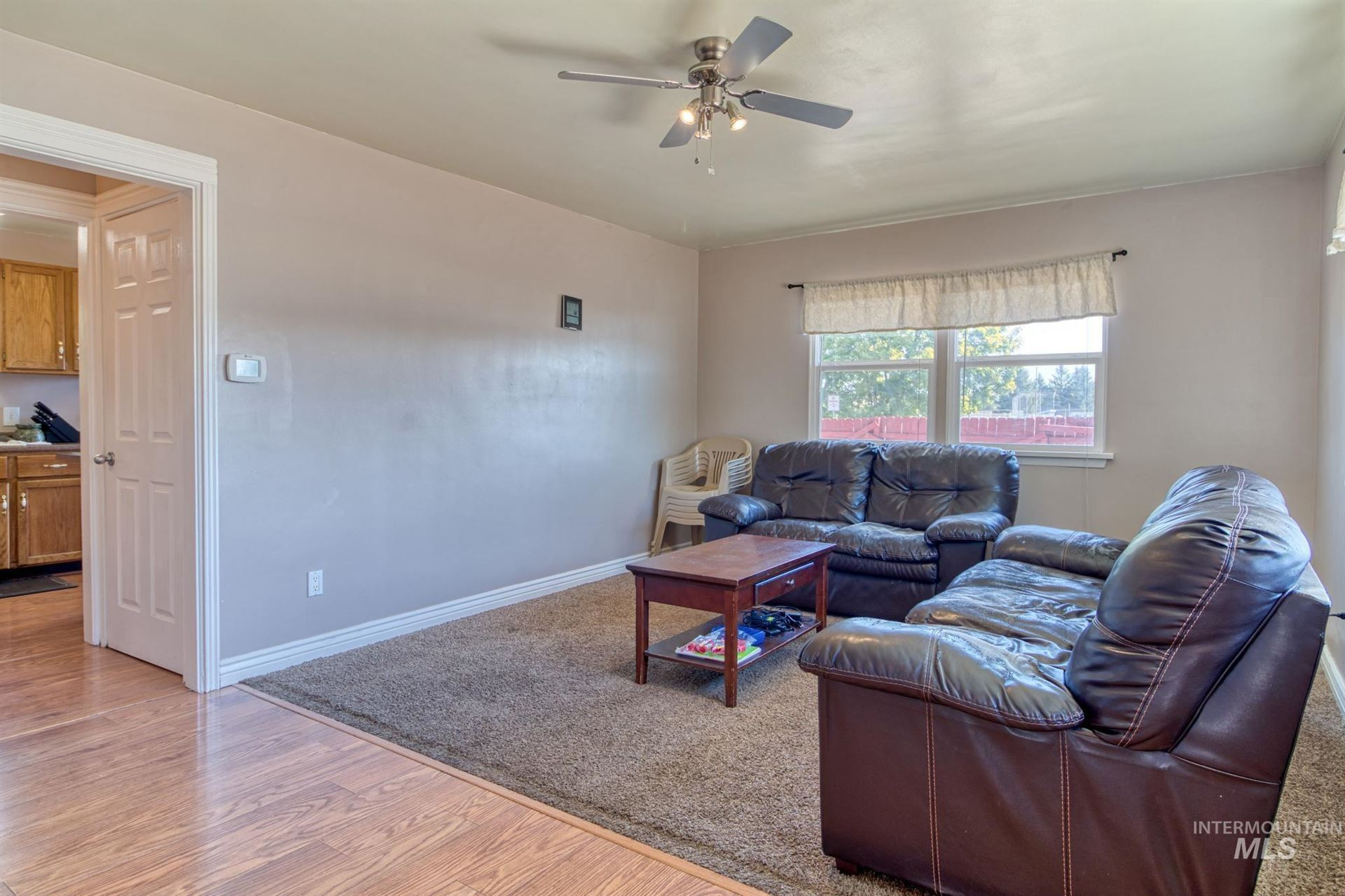 Photo of 1443 Spruce Ave E, Twin Falls, ID 83301 (MLS # 98819117)