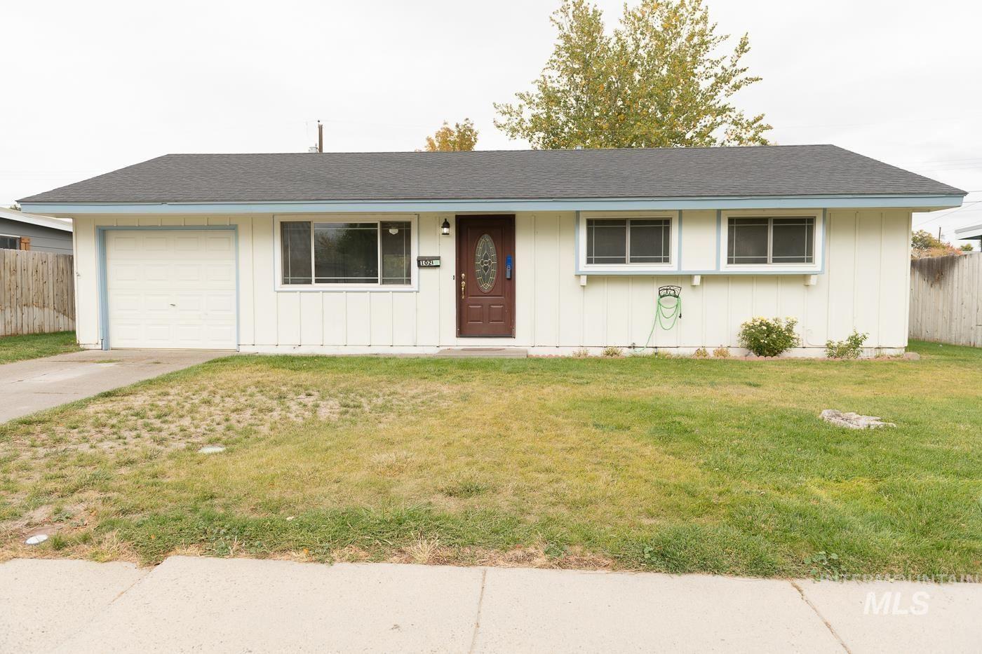 1020 E 16th, Mountain Home, ID 83647 - MLS#: 98822123