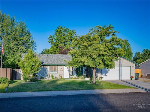 Photo of 2120 NW 8th Street, Meridian, ID 83646 (MLS # 98773129)