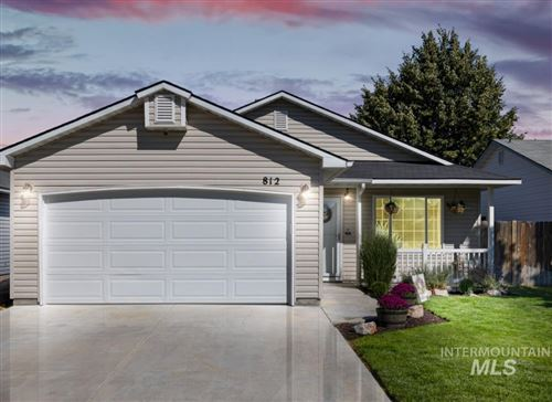 Photo of 812 E Cottage Ave, Nampa, ID 83686-8488 (MLS # 98820130)