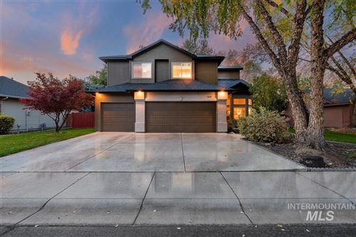 Photo of 841 S Silver Bow Ave, Eagle, ID 83616 (MLS # 98785138)