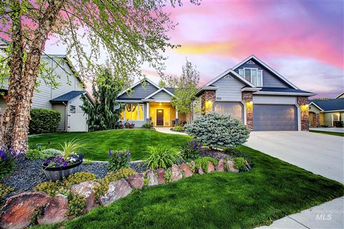 Photo of 370 E Halpin, Meridian, ID 83646 (MLS # 98802139)
