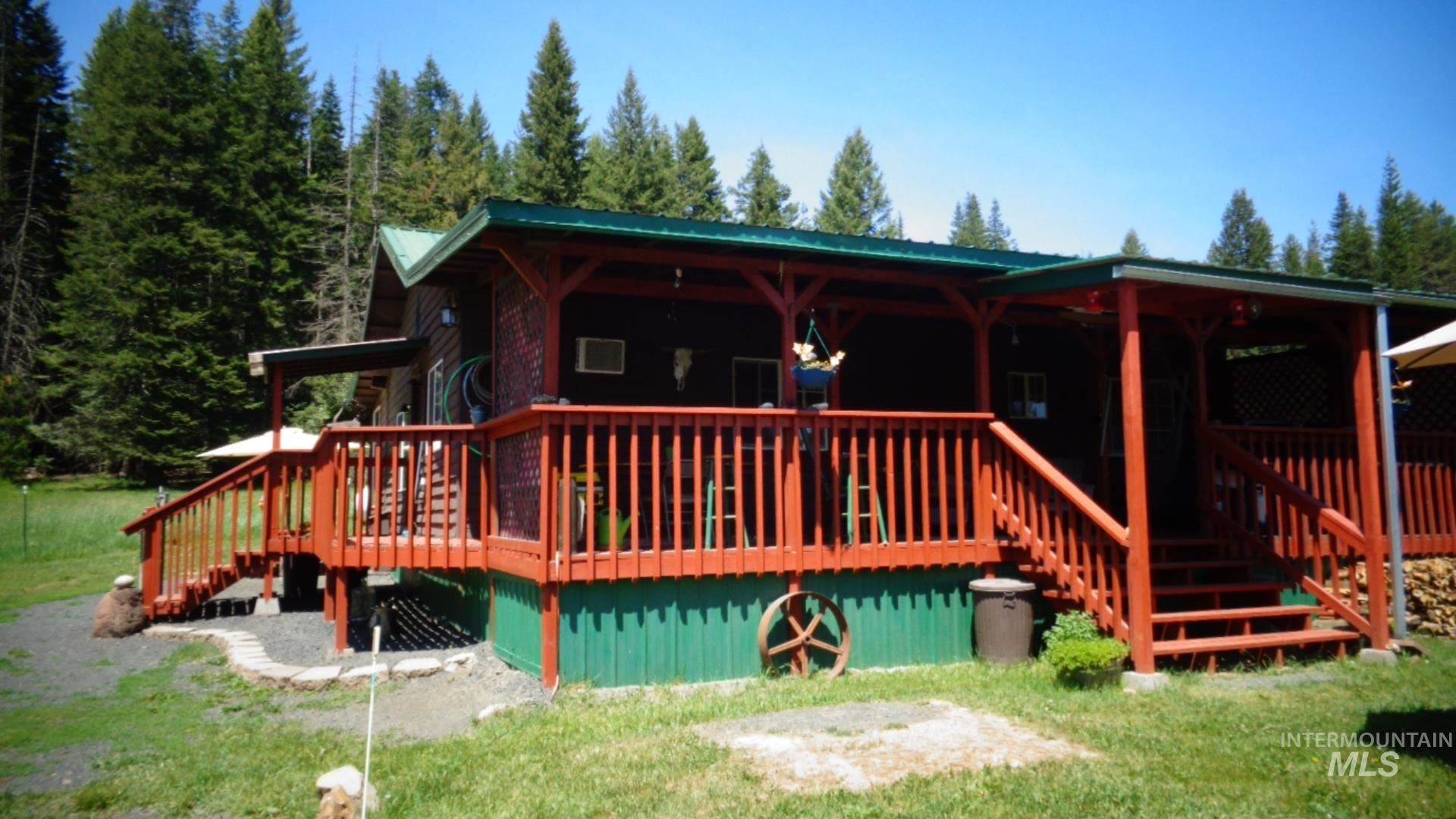 Photo of 18473 Upper fords creek road, Weippe, ID 83544 (MLS # 98806142)