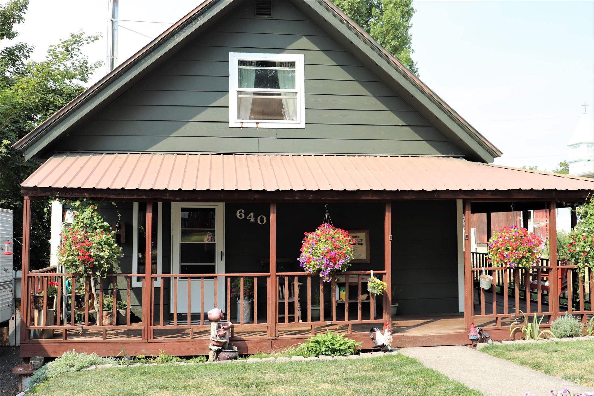 Photo of 640 Oak Street, Potlatch, ID 83855 (MLS # 98818145)