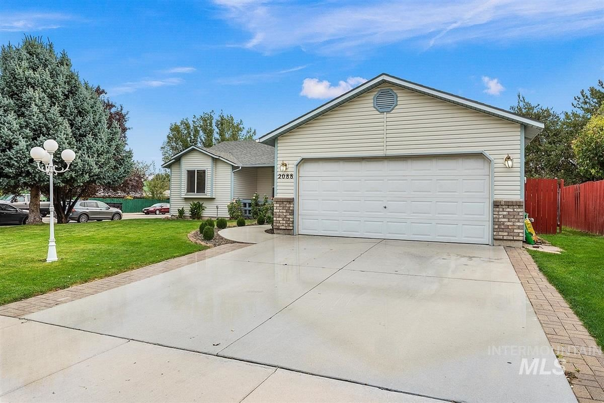 Photo of 2088 S Covey Ave., Meridian, ID 83642 (MLS # 98782152)