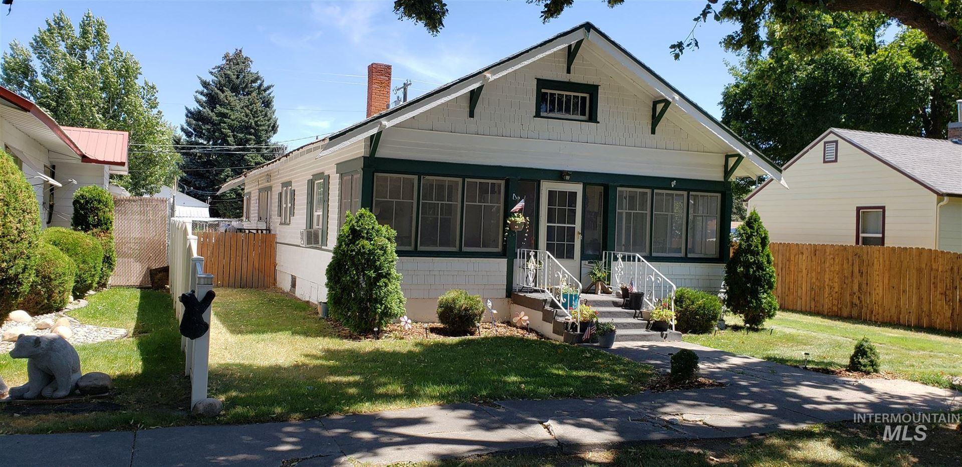 Photo of 334 California Street, Gooding, ID 83330 (MLS # 98774159)