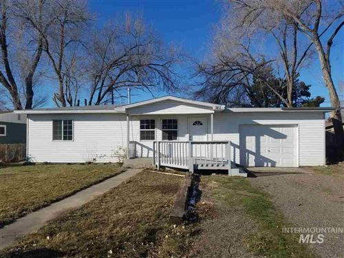 Photo of 313 Baker Dr., Mountain Home, ID 83647 (MLS # 98755162)