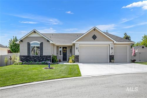 Photo of 11163 W Carriage Hill Ct, Nampa, ID 83686-574 (MLS # 98803163)