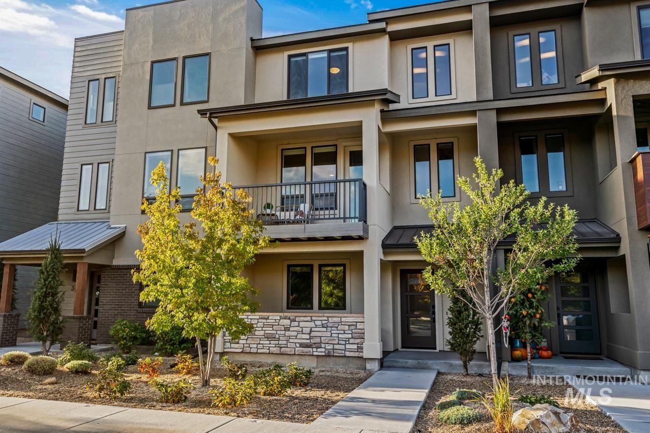Photo of 3811 E Parkcenter Blvd., Boise, ID 83716 (MLS # 98784164)