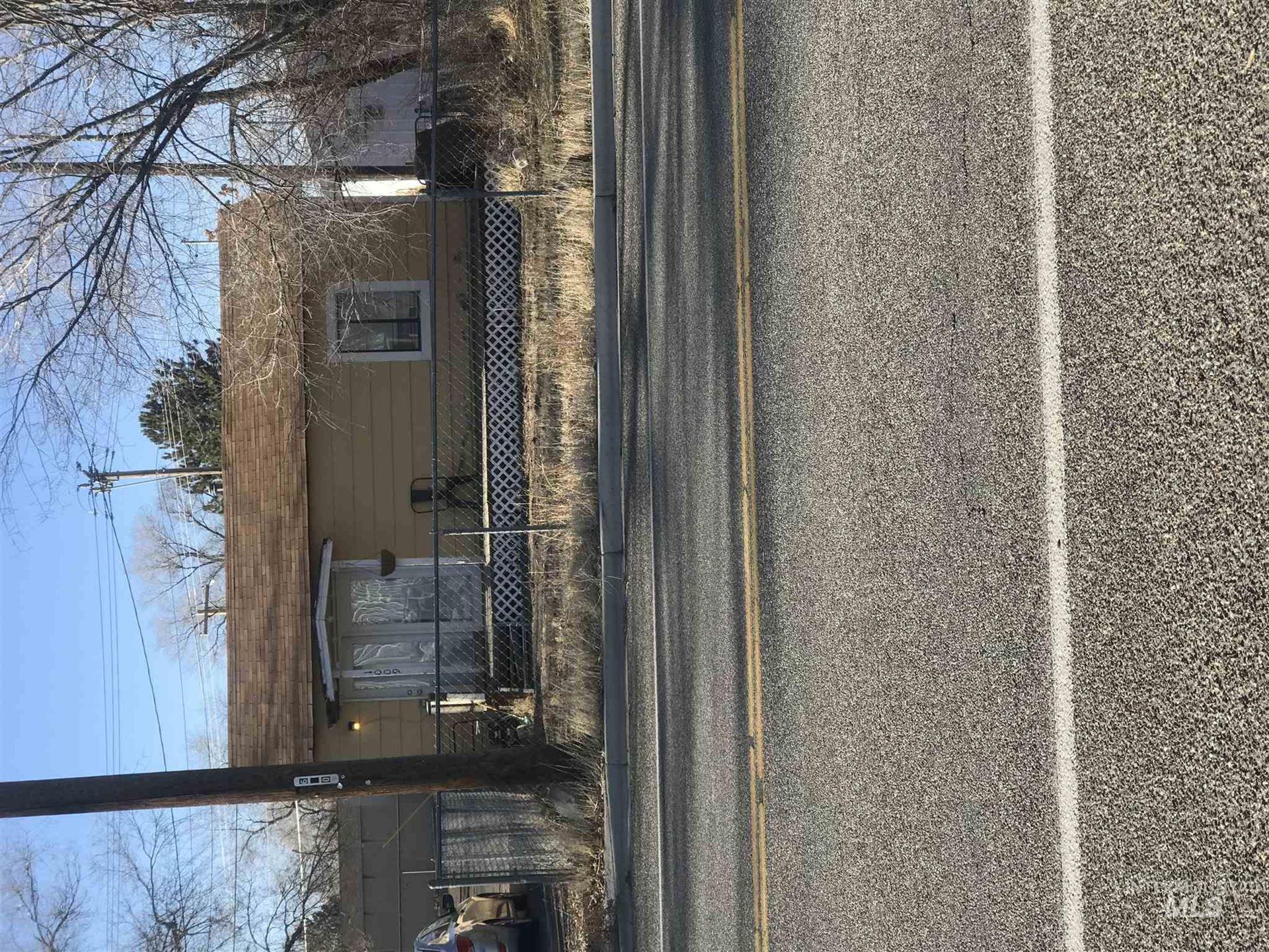 Photo of 1009 Broadway Ave N, Buhl, ID 83316 (MLS # 98798172)