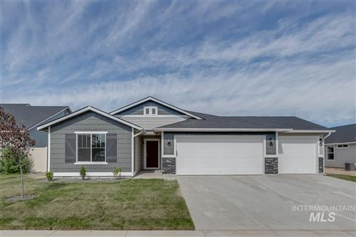 Photo of 890 SW Lago Dr, Mountain Home, ID 83647 (MLS # 98753175)