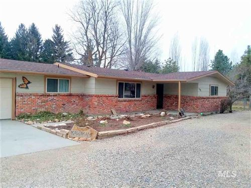 Photo of 1101 W Floating Feather, Eagle, ID 83616 (MLS # 98757177)