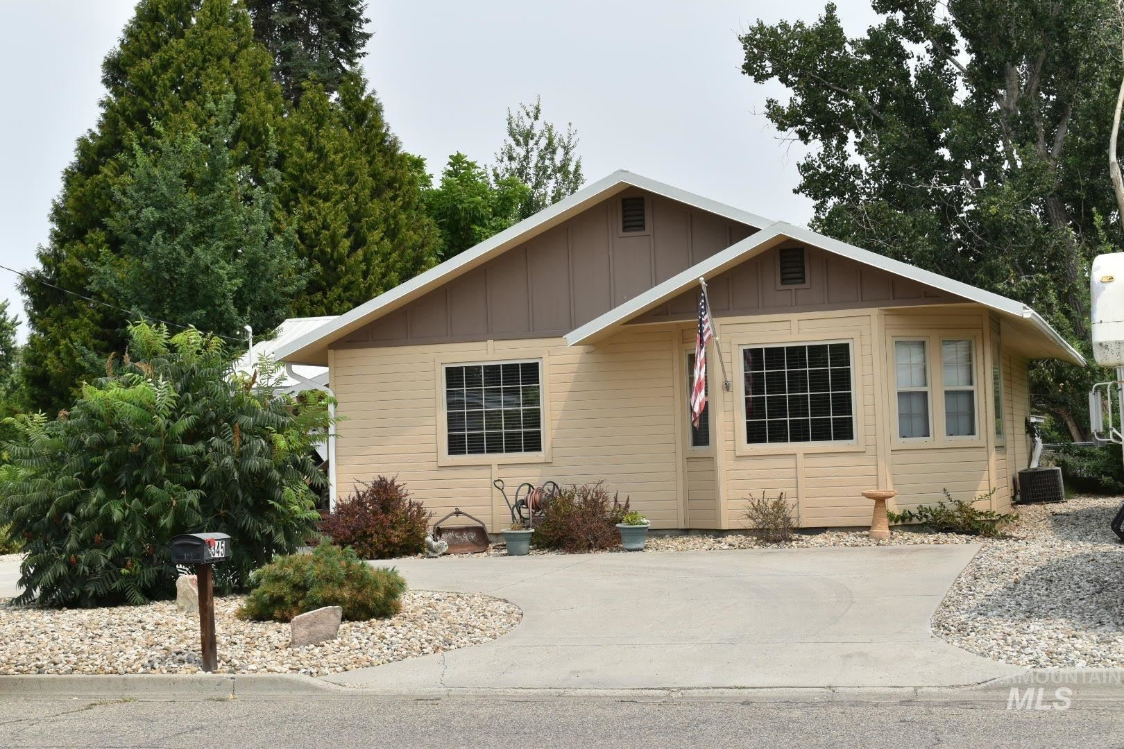 345 S 12th St., Payette, ID 83661 - MLS#: 98812180