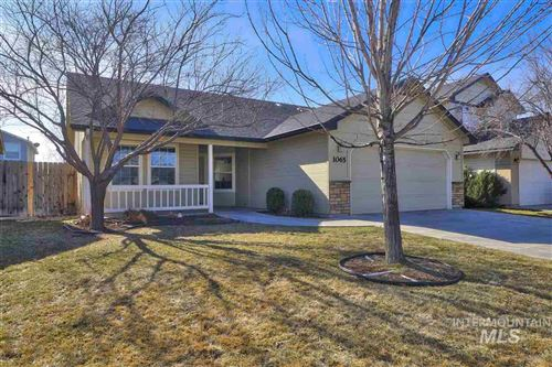 Photo of 1065 W Ashby Dr, Meridian, ID 83646 (MLS # 98758182)