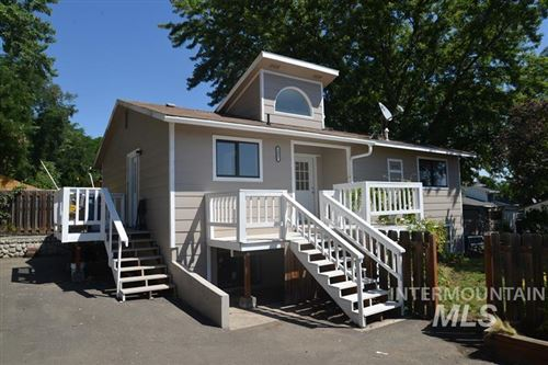 Photo of 3007 6th Ave, Lewiston, ID 83501 (MLS # 98775185)