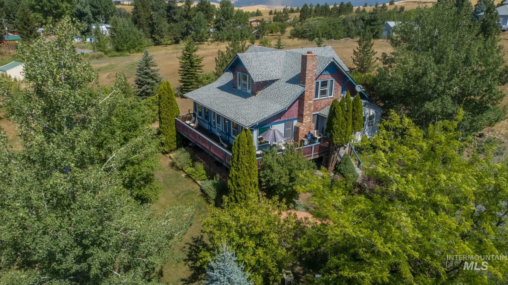 Photo of 568 Pavel Ct, Moscow, ID 83843 (MLS # 98815191)
