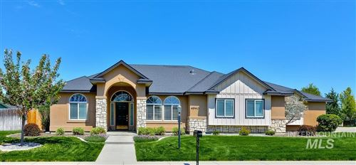 Photo of 4940 W TALAMORE, Meridian, ID 83646 (MLS # 98802200)