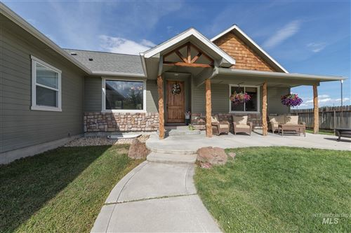 Photo of 2602 Golden Ave, Fruitland, ID 83619 (MLS # 98768207)