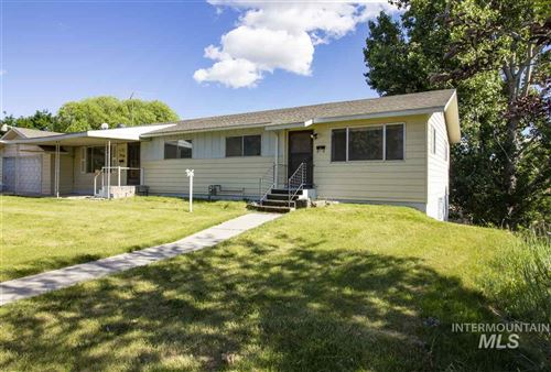 Photo of 2310 Center Avenue, Payette, ID 83661 (MLS # 98733208)