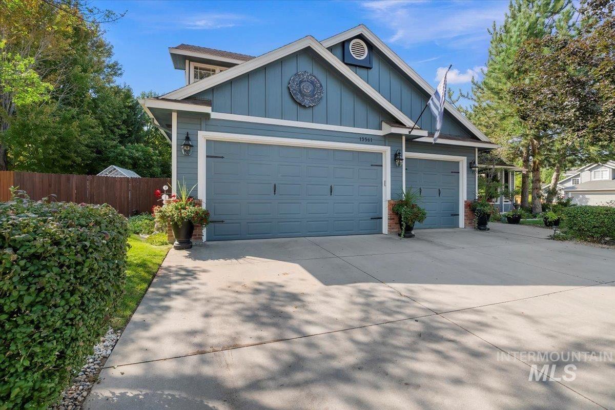 Photo of 13561 W Waldemar St, Boise, ID 83617 (MLS # 98823218)