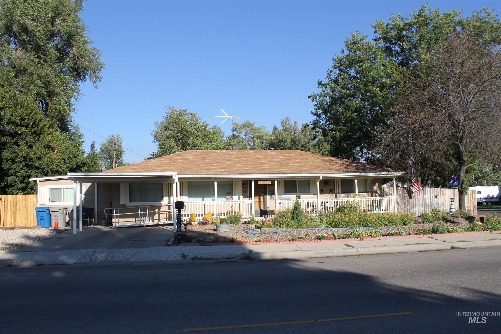 Photo of 1740 N 10 E, Mountain Home, ID 83647 (MLS # 98819219)