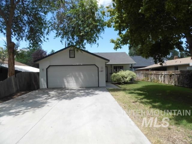 Photo of 107 S Banner St, Nampa, ID 83686 (MLS # 98772224)