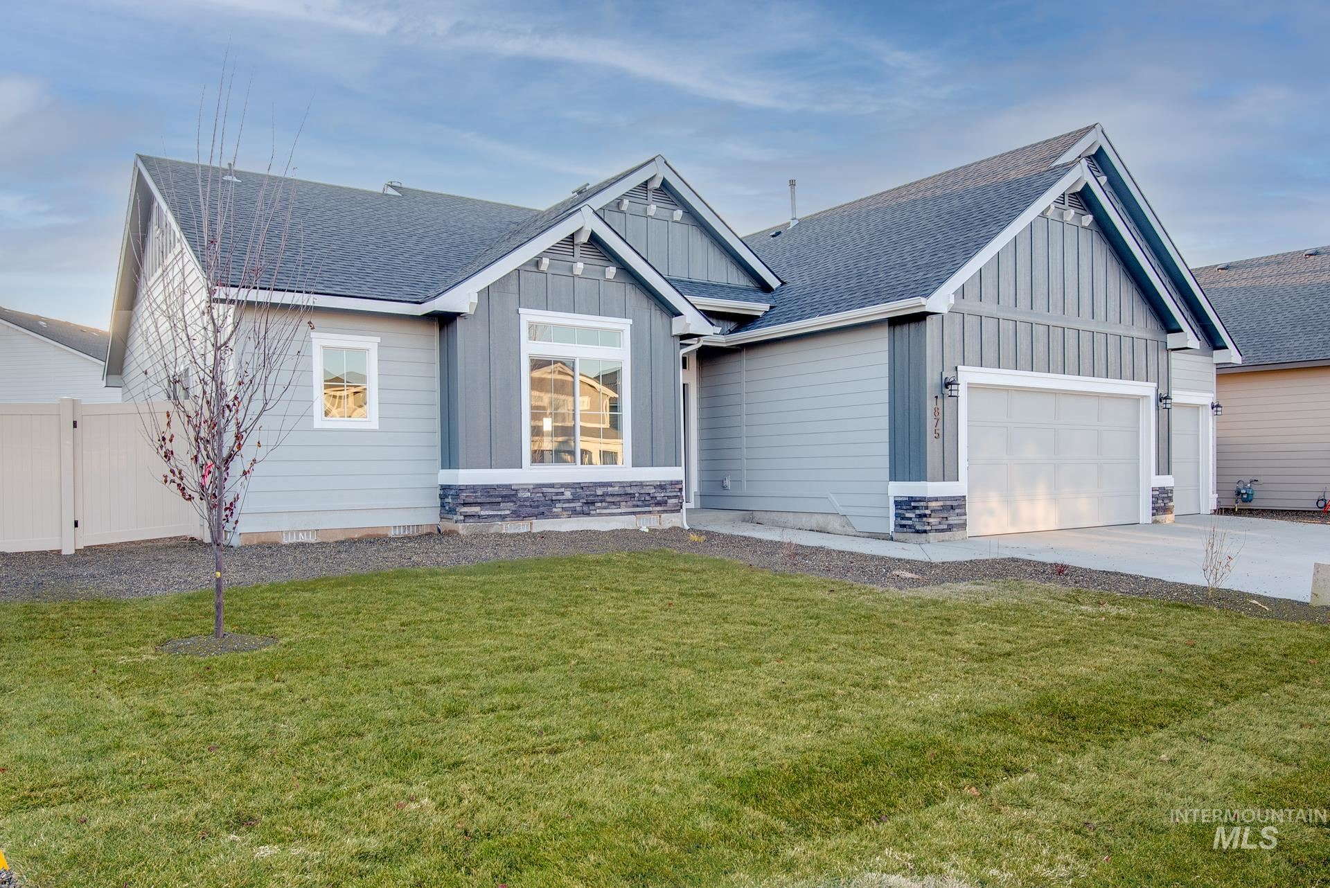 Photo of 1875 W Heavy Timber Dr, Meridian, ID 83642 (MLS # 98784224)