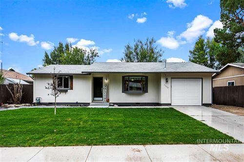 Photo of 7028 W Bluebird Drive, Boise, ID 83714 (MLS # 98782230)
