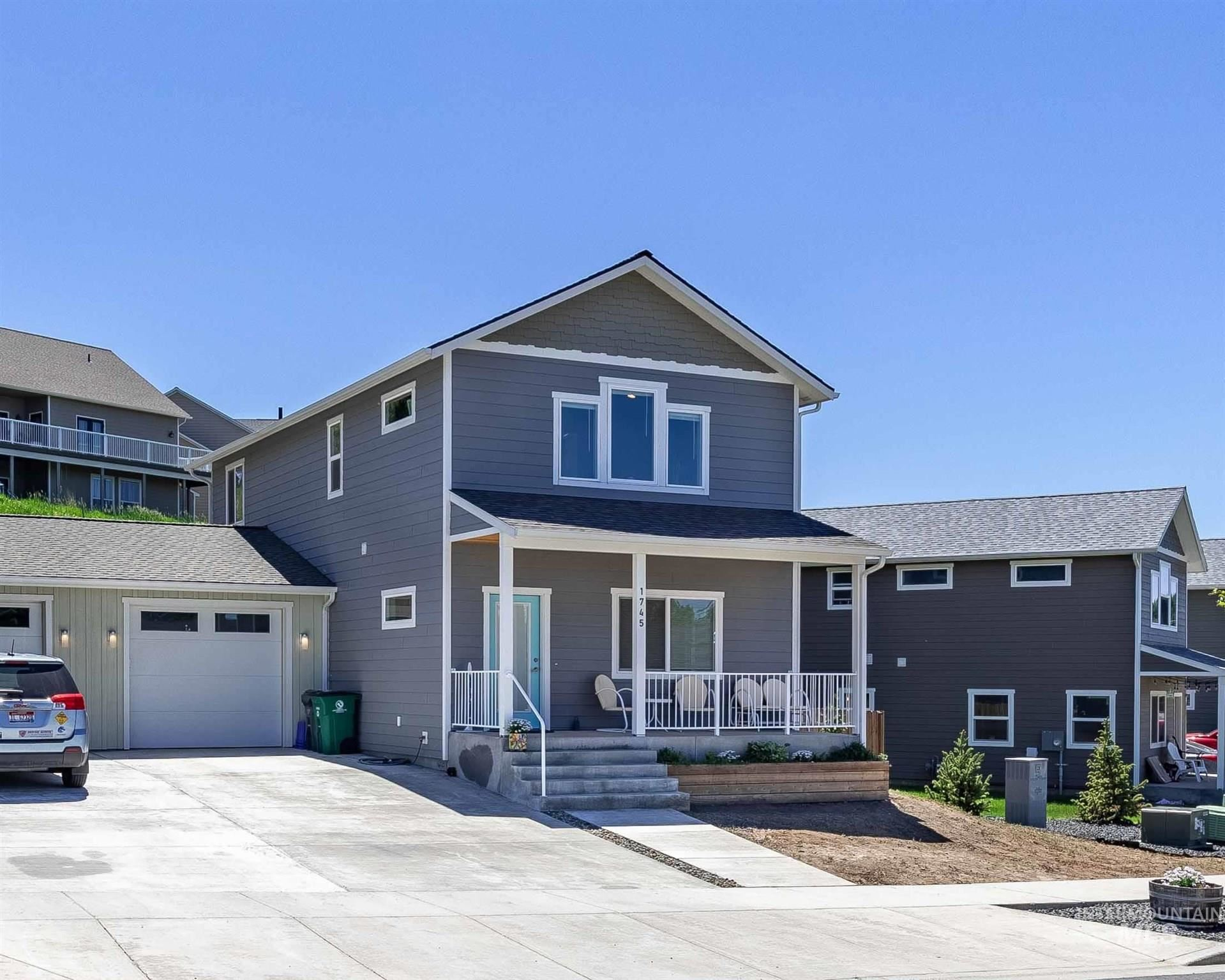 Photo of 1745 E Third, Moscow, ID 83843-7021 (MLS # 98807230)
