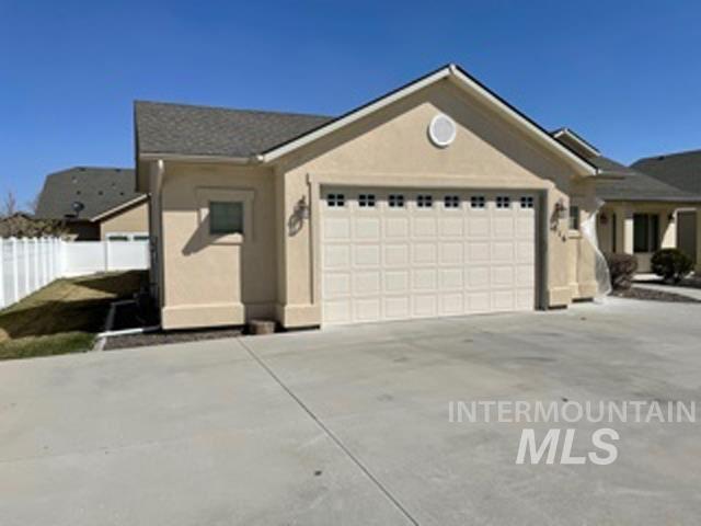 Photo of 516 W Briar Hill St, Nampa, ID 83686 (MLS # 98799232)