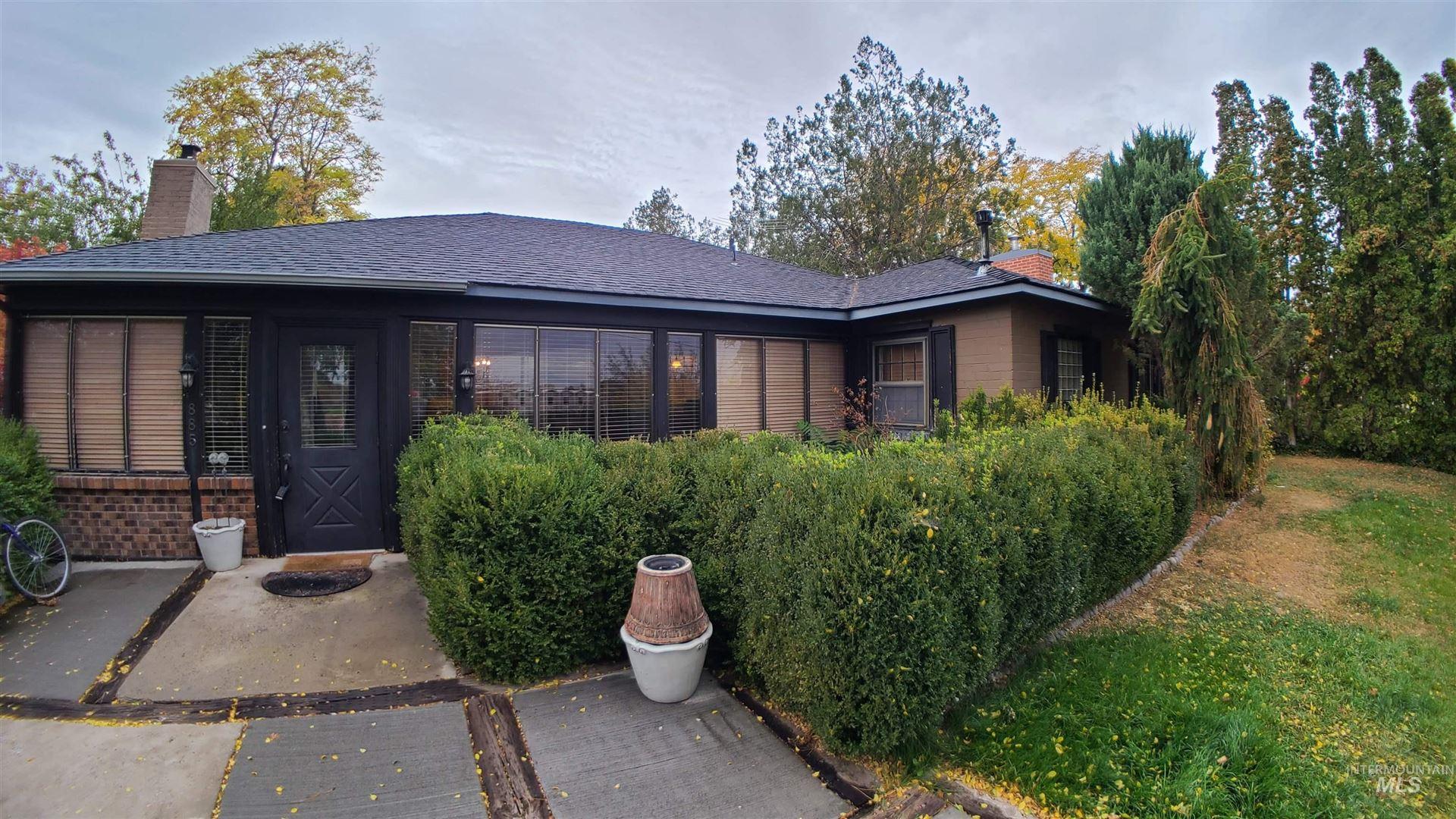Photo of 885 S Park Blvd, Ontario, OR 97914-0000 (MLS # 98823234)