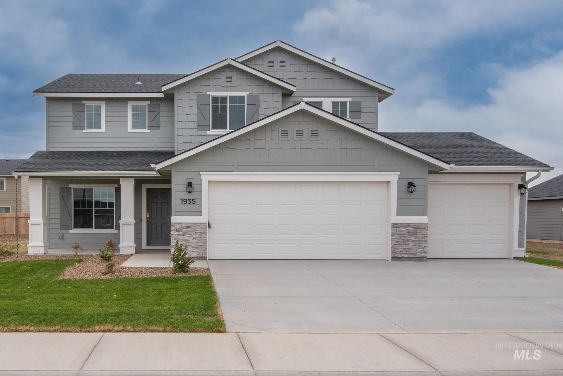 1935 SW Challis Dr, Mountain Home, ID 83647 - MLS#: 98821236