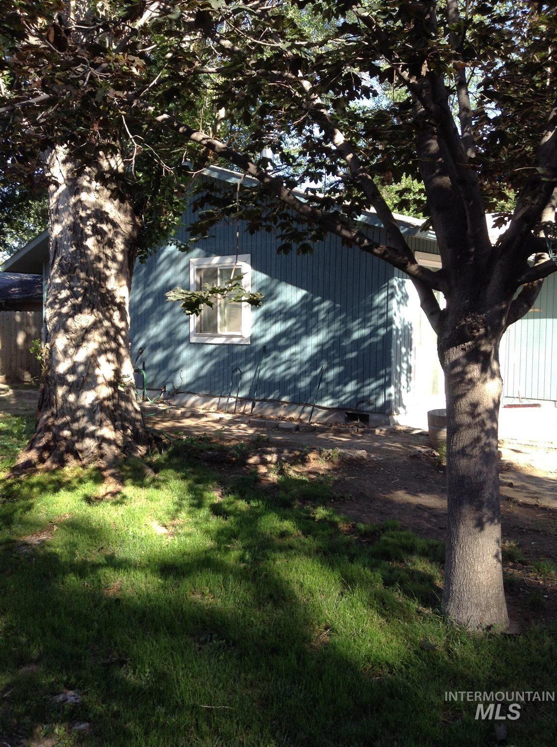 Photo of 411 W 4th N, Mountain Home, ID 83647-2502 (MLS # 98807237)
