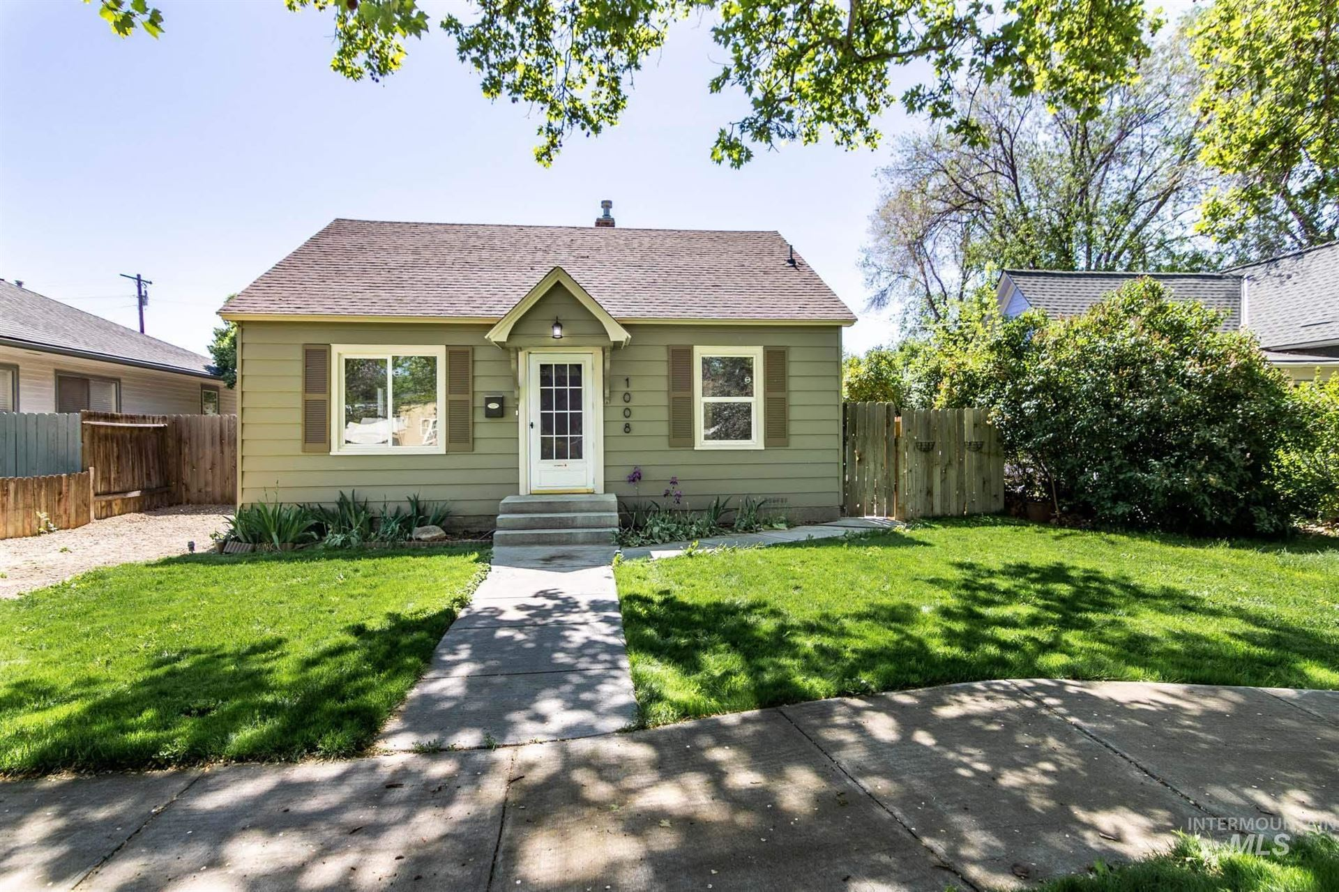 Photo of 1008 11th Ave. S., Nampa, ID 83651 (MLS # 98803239)