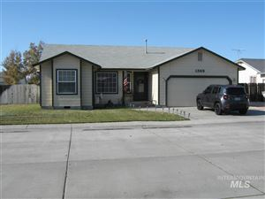 Photo of 1385 Rosewood St, Mountain Home, ID 83647-3759 (MLS # 98750240)