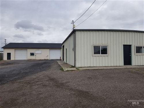 Photo of 1615 Eldridge Ave, Twin Falls, ID 83301 (MLS # 98771242)
