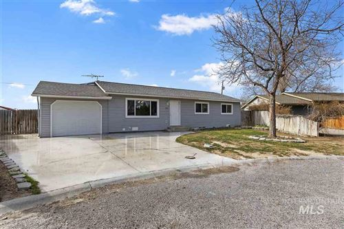 Photo of 788 Rayborn Circle, Filer, ID 83328 (MLS # 98762244)
