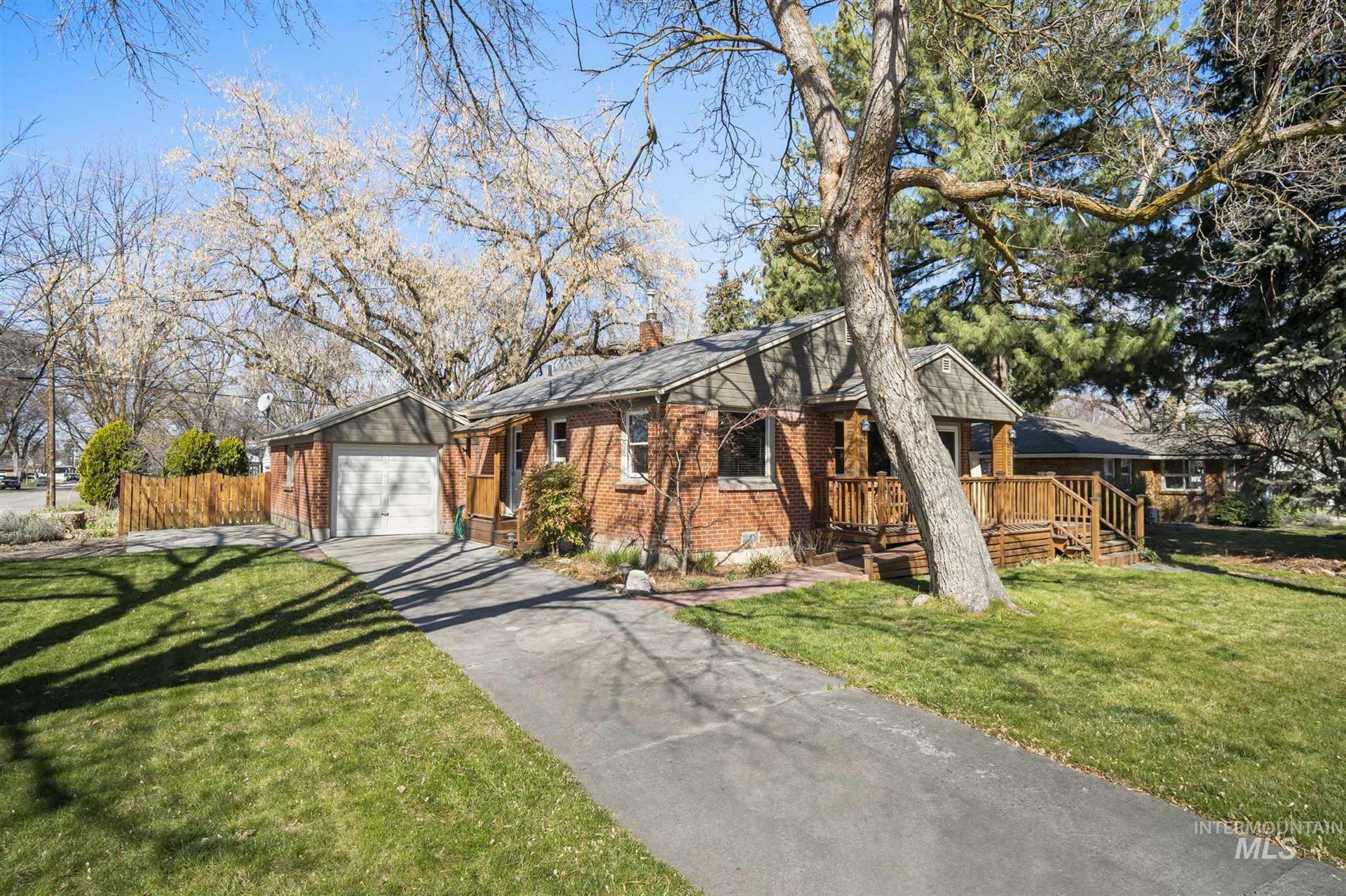 Photo of 2001 N 31st, Boise, ID 83703 (MLS # 98798245)