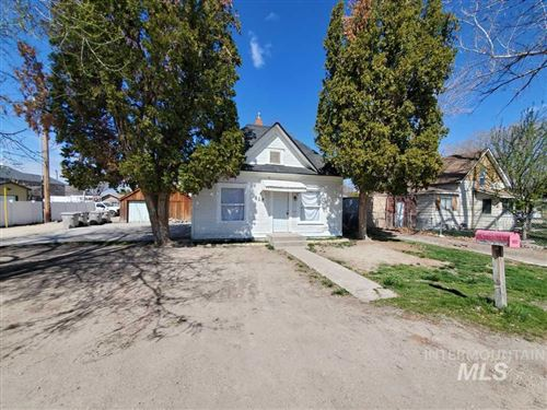 Photo of 810 S 5th Ave, Caldwell, ID 83605-4013 (MLS # 98762247)