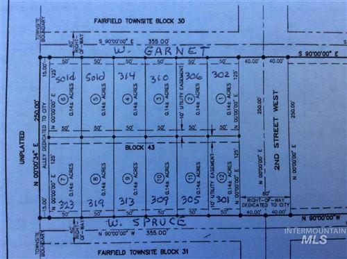 Photo of 302 W Garnet Ave., Fairfield, ID 83327-0000 (MLS # 98791248)