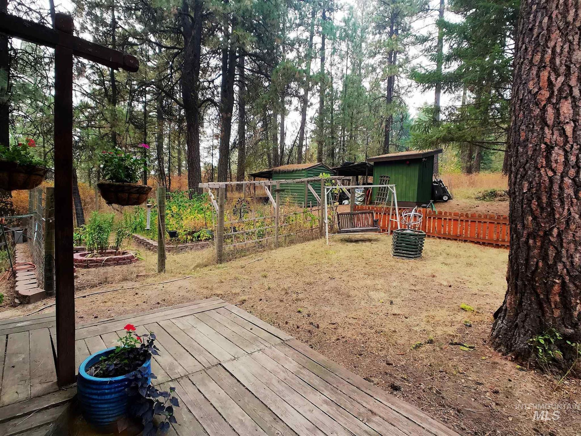 Photo of 1001 Nearing Rd, Moscow, ID 83843 (MLS # 98780249)