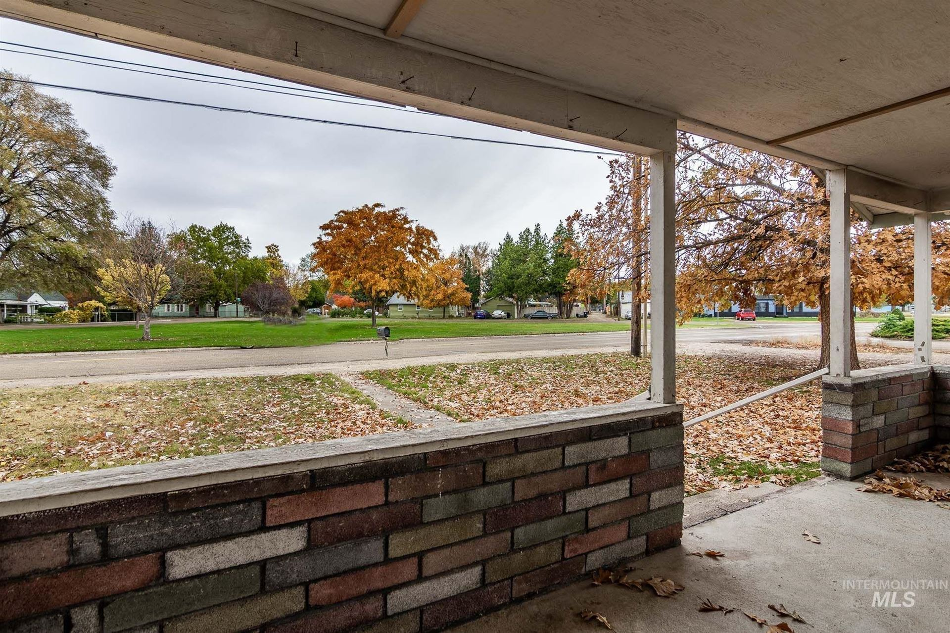 Photo of 622 Paynter Ave, Caldwell, ID 83605 (MLS # 98823251)
